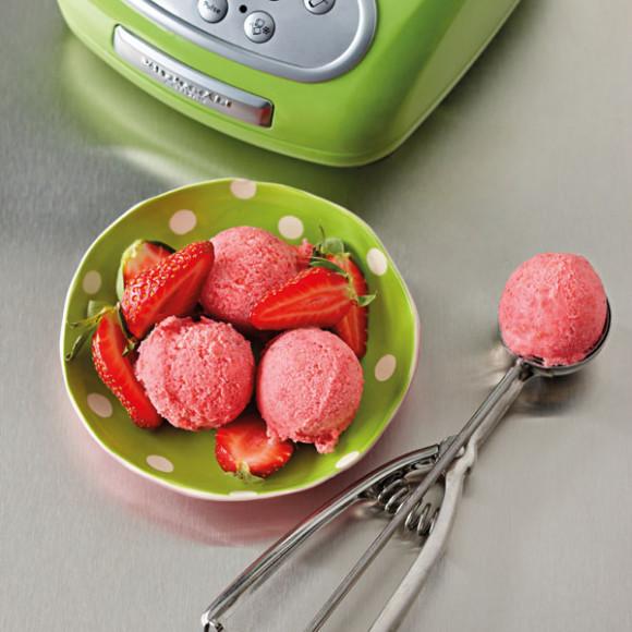 Frozen Strawberry Yoghurt