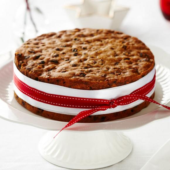 How To Make Christmas Fruit Cake Myfoodbook Simple Christmas Cake