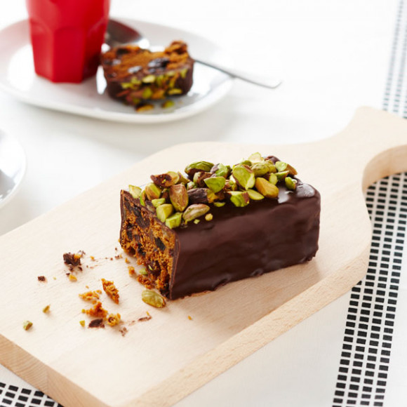 Chocolate and pistachio Christmas Cake Log
