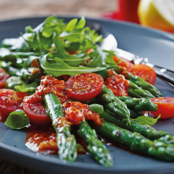 Asparagus And Tomato Salad With Capsicum Dressing - Sacla recipe idea