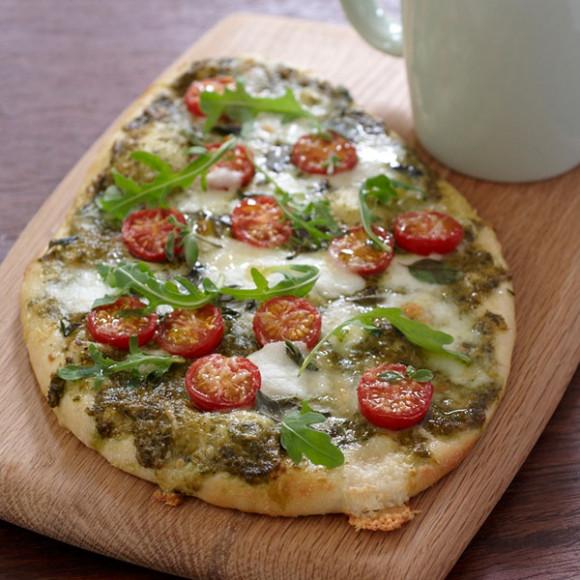 Pesto, Bocconcini and Cherry Tomato Pizza Recipe | myfoodbook
