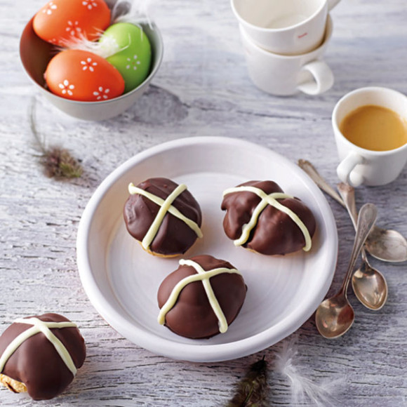 Mini Easter Cream Puffs