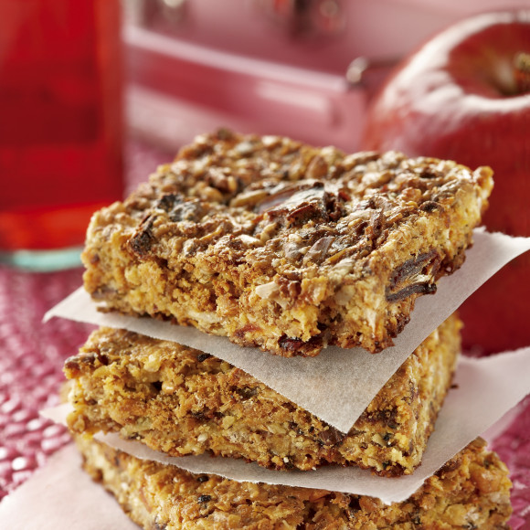 Healthy home made muesli bars