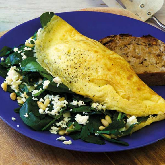 Spinach and Feta Omelette with Pine Nuts and Parsley ...