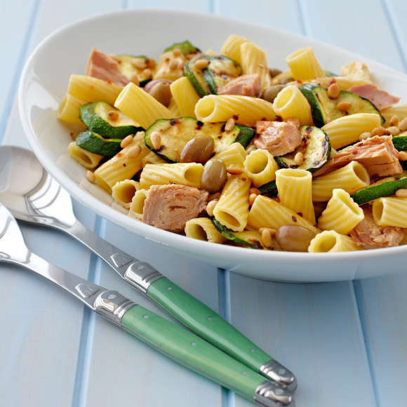 Pasta Salad with Tuna and Green Olives
