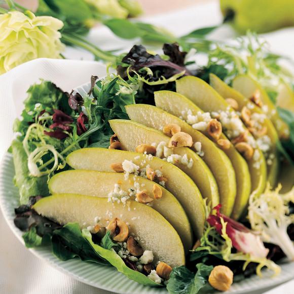 Avocadamia and Pear Salad