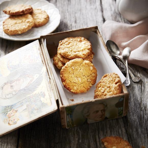 Crunchy Anzac Biscuits