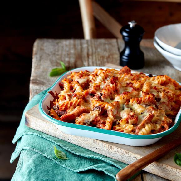 Tuna, Tomato and Mozzarella Fusilli Bake