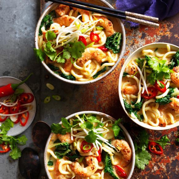 Satay noodle soup with prawns recipe