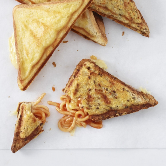 Spaghetti and Cheese Jaffles (Toasties)