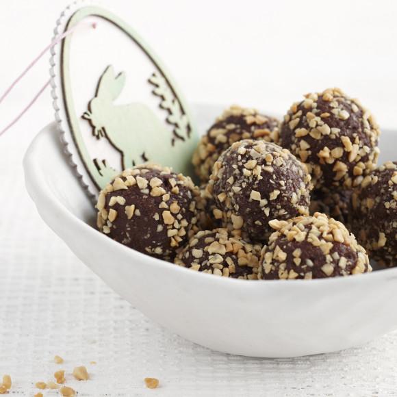 Easy Fudgey Chocolate Peanut Cheesecake Truffles