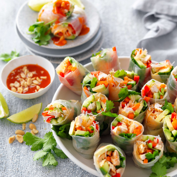 Shredded Chicken Rice Paper Rolls With Sweet Chilli Sauce Recipe Myfoodbook Rice Paper Rolls Recipe