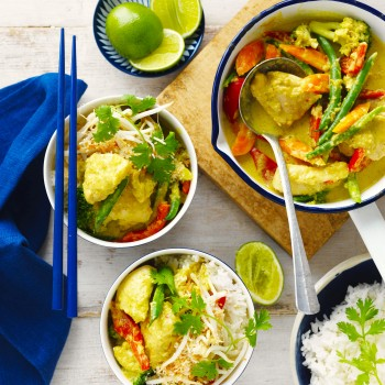 Yellow Jungle Chicken Thigh Curry