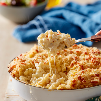 Easy creamy Baked Mac and Cheese recipe