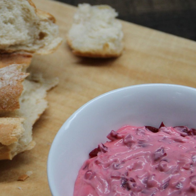 Balsamic Beetroot Dip